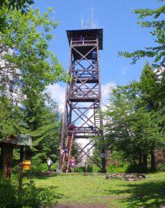 Wieża na Górze Mogielica