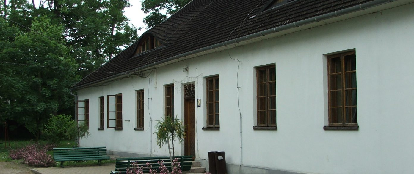 Dworek Marszałkowicza 1830 r. ze Stadniną Koni