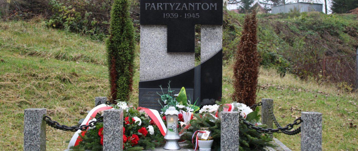 pomnik partyzancki